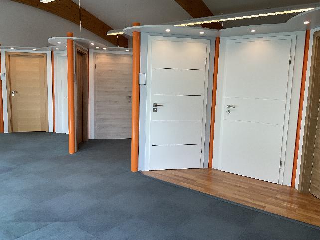 Ausstellung   BRENDEL GmbH   Innentüren   Helmbrechts